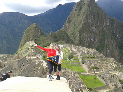Inka Trail to Machu Picchu in 2 days
