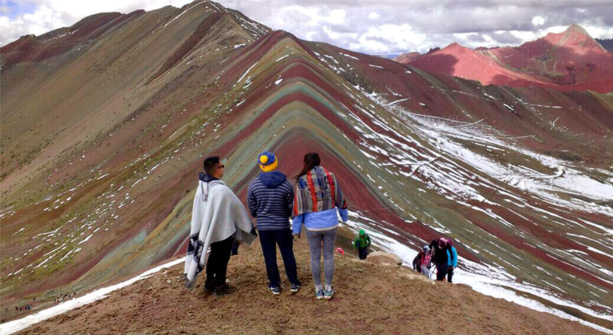 Rainbow Mountain in 1 day