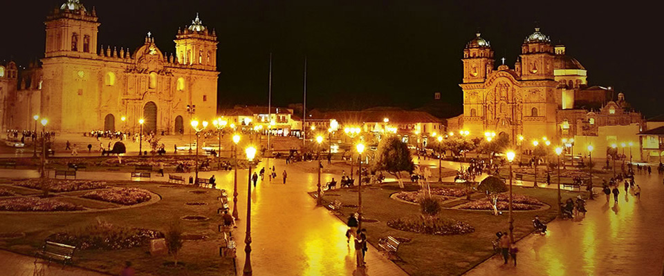Cusco and Inca Trail tour in 7 days - Main Square (Plaza de Armas) of Cusco