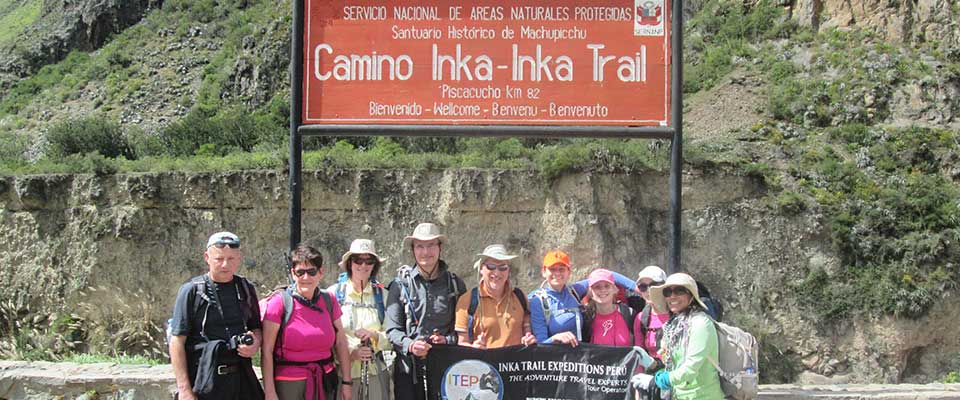 Inca Trail to Machu Picchu in 4 days - Km 82 - Day 1