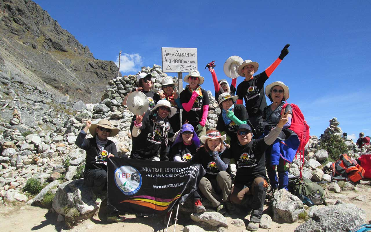 Salkantay Pass - Salkantay Trek to Machu Picchu in 4 days